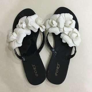 Brand new black floral flower sweet slippers flip flop