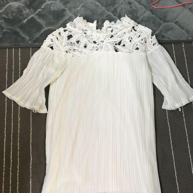全白洋裝短裙