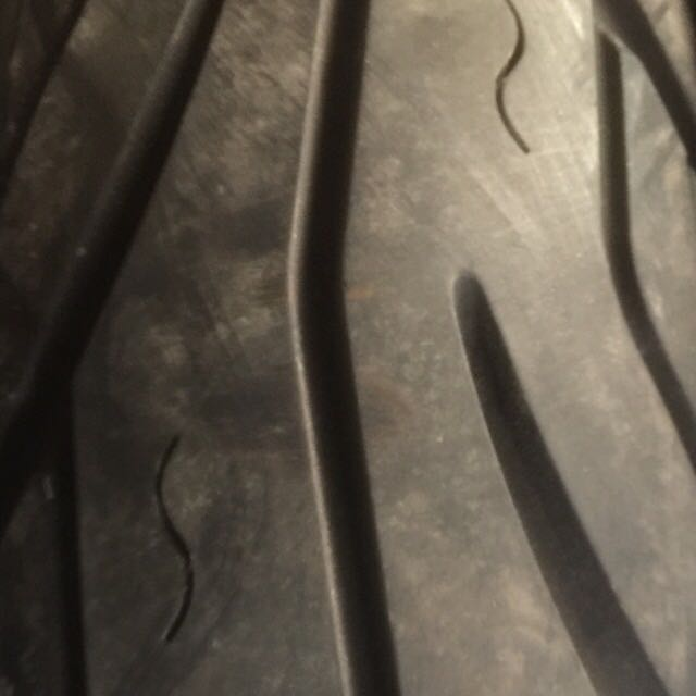 中古12寸機車輪胎(批發.零售)