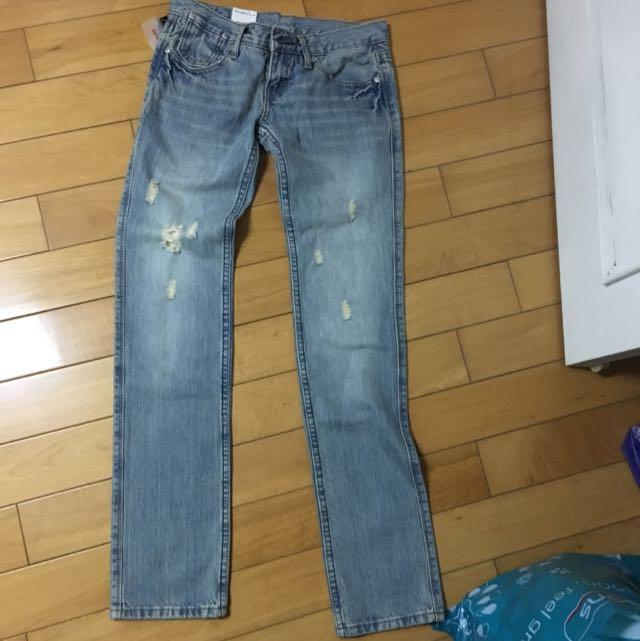 刷破牛仔褲 直筒褲