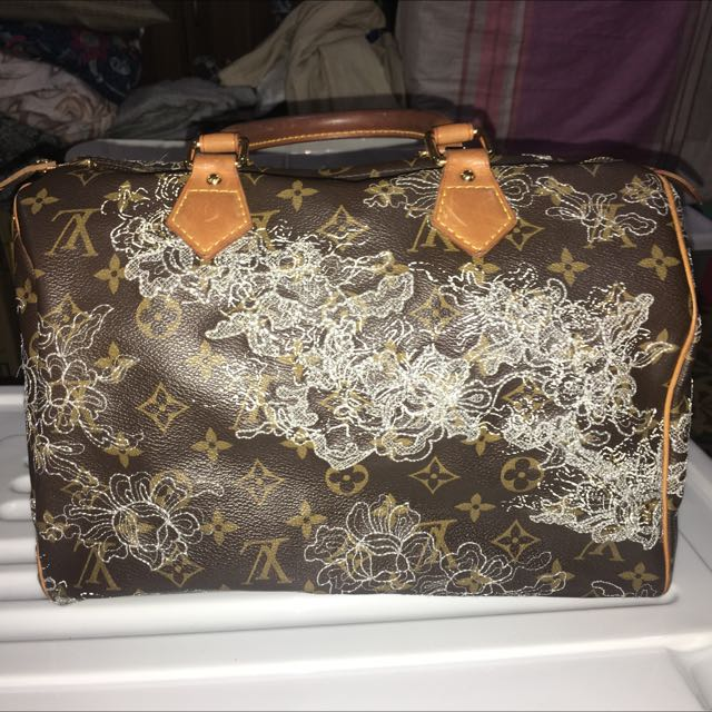 Authentic LV Dentelle Speedy 30