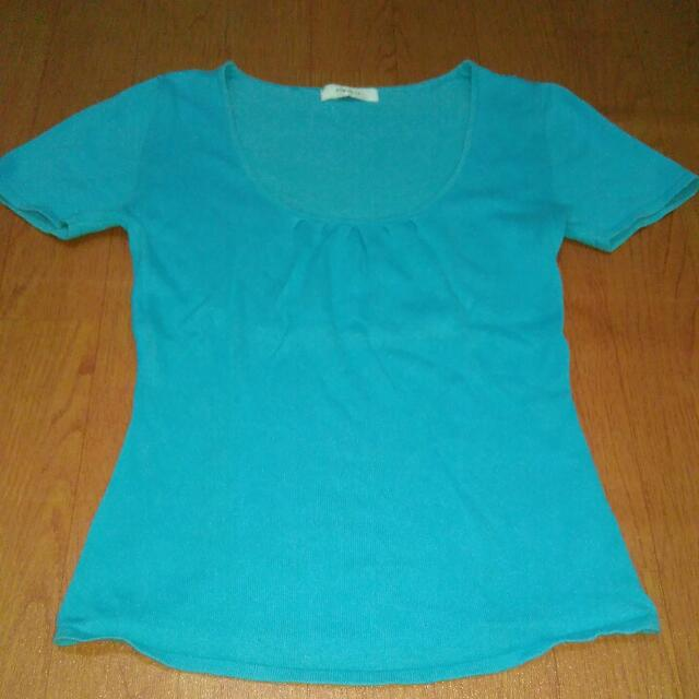 Baju Biru Lengan Pendek