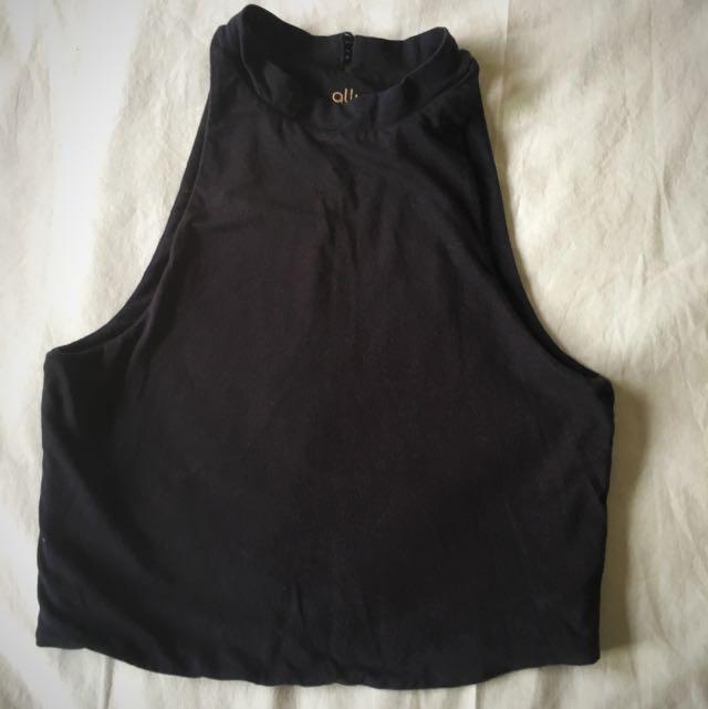 Black Crop Top. * *PRICE REDUCED **