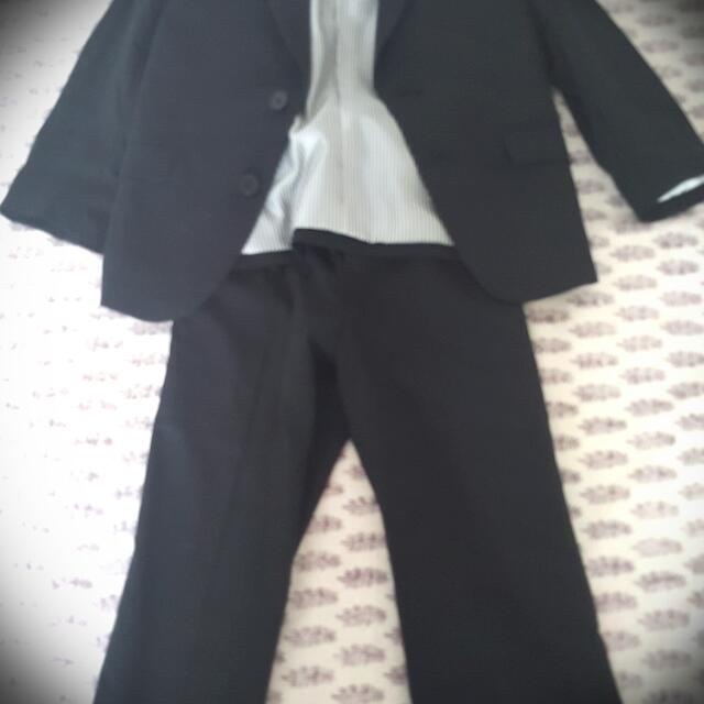 Black Suit Set For a 3 To 4 Year Old