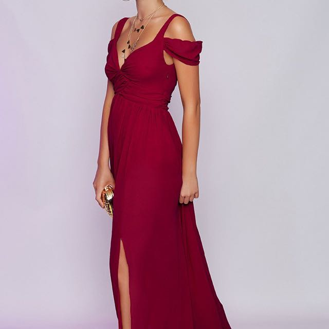 BNWT Beginning Boutique Size S Gown