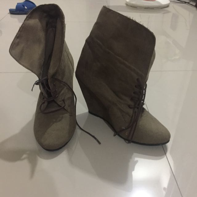 Boots Green Army
