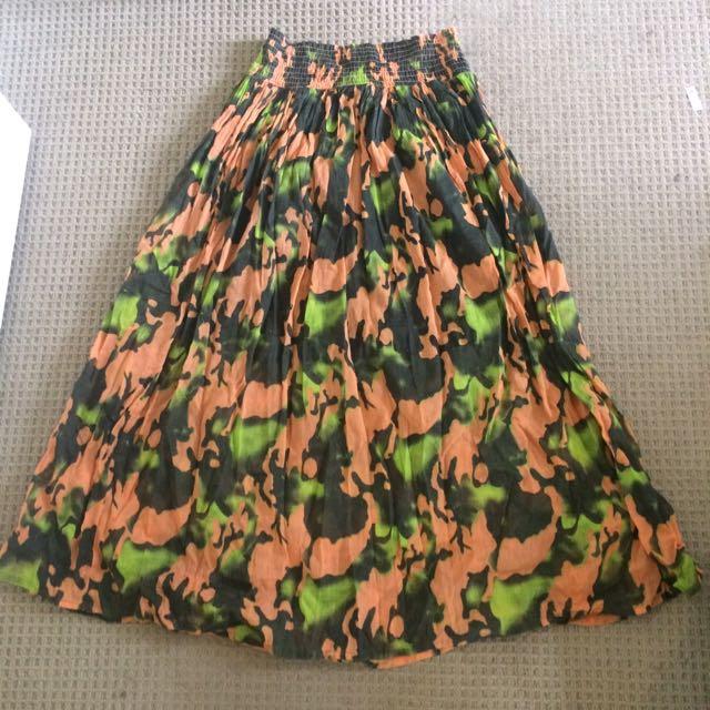 Camo Long/Maxi Skirt Size S-M