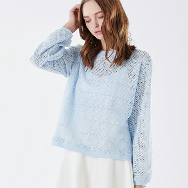 Fifty percent  50%法式鏤空格紋圓領上衣(降價出售)