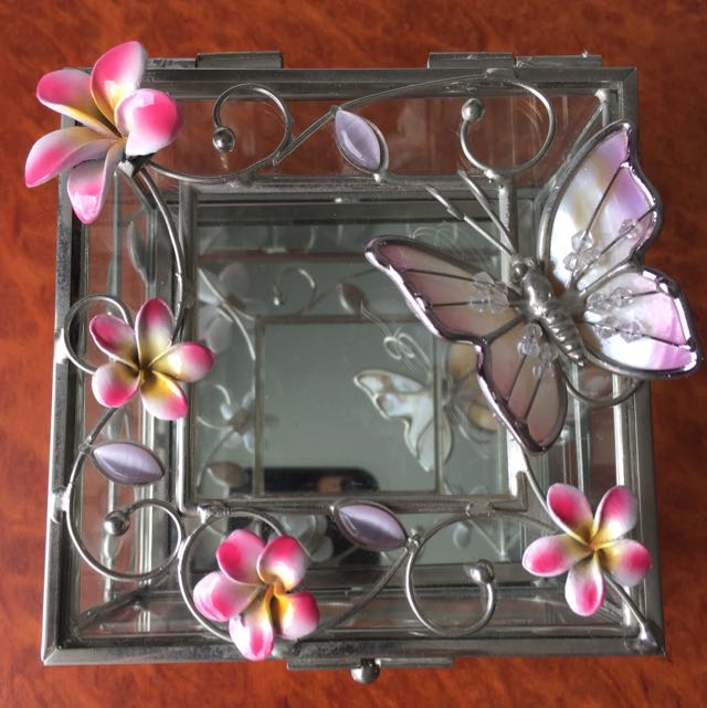 Glass Metal Butterfly/Floral Jewellery Box