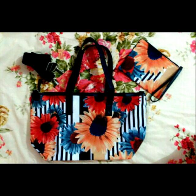 Larina Tote and Pouch Set (actual price php799)