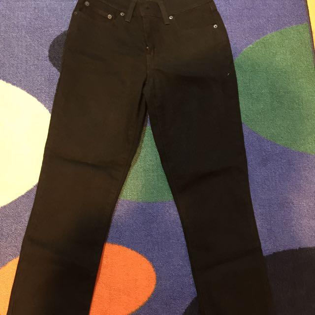Levis Black Pants