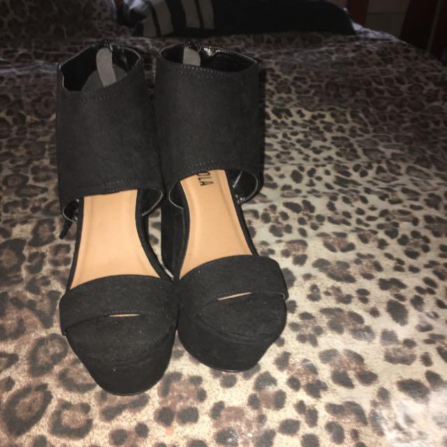 Maloola High Heels, Size 9