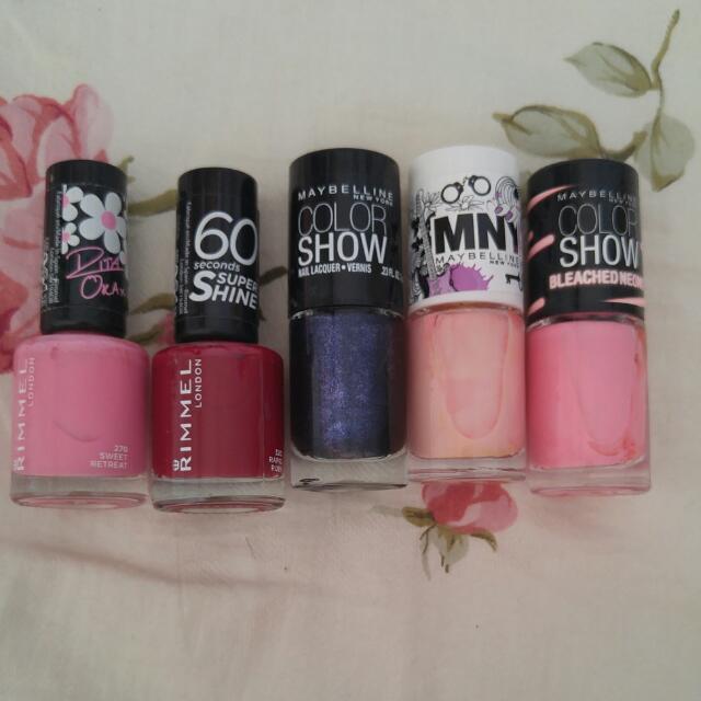 Nail polish: Rimmel, maybelline