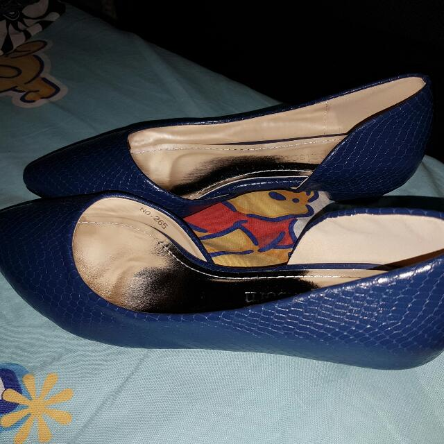 Navy Blue Flat Shoes