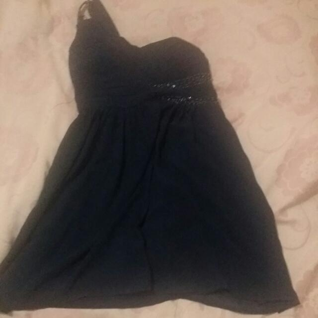 Navy Blue Formal Dress Never Been Worn Tag is Still Attached orginal  Price 69.95 Selling For $25