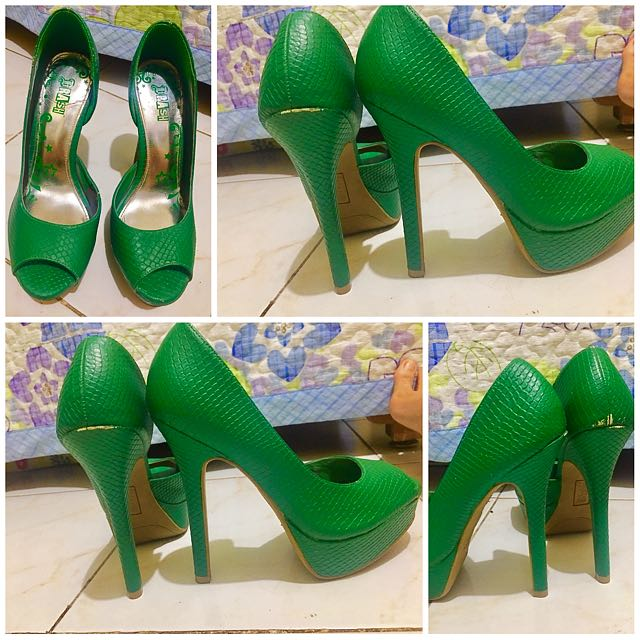 Payless Shoes Size 35