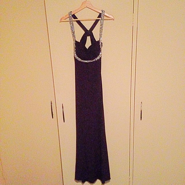 ROSE NOIR formal Dress From Vivid Size 8 (stretchy)
