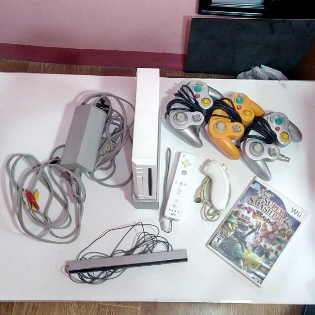 !!!RUSH SALE!!! Nintendo Wii *REPRICED*