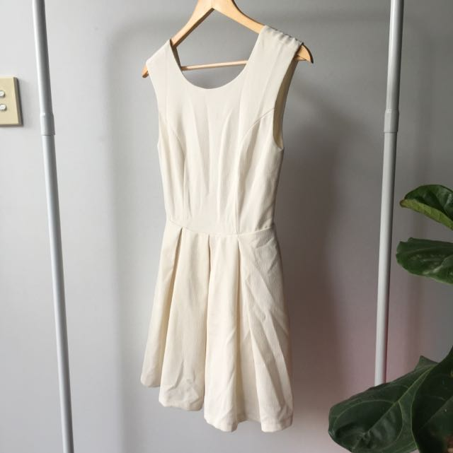 Size S Cream Open Back Skater Dress