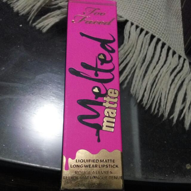 Too Faced Melted Matte Lipgloss
