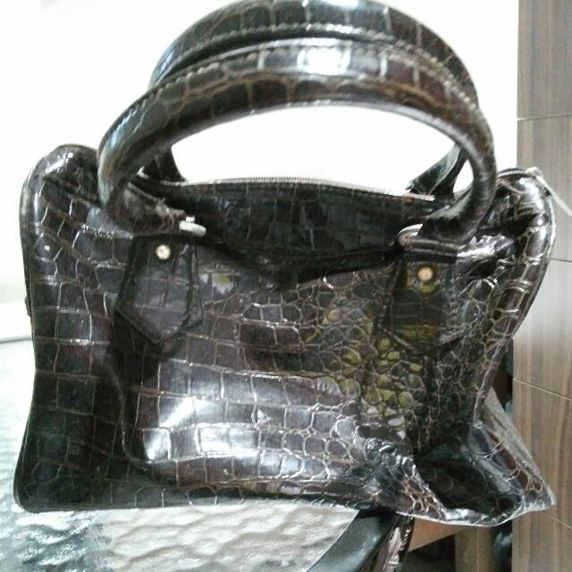 unbranded bag