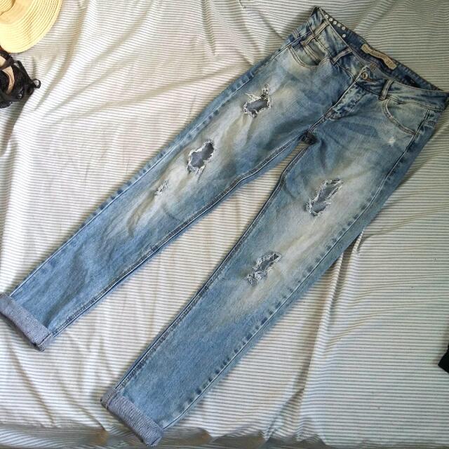 Zara TRF Ripped Jeans