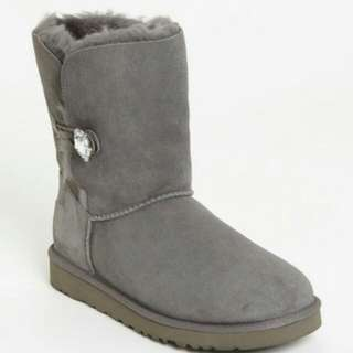 Ugg BAILEY BLING Size 6