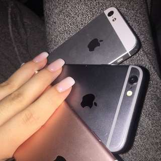 SELLING IPHONE 6 and 5