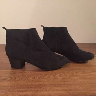 River Black Suede Ankle Booties size 10