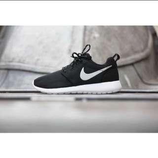 Nike roshrun銀勾