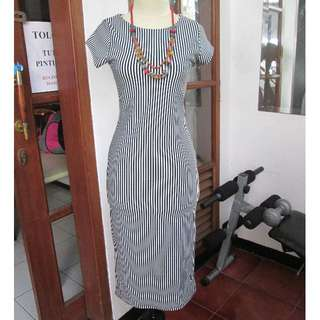 Maxi dress salur size s