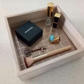 Brand New Home Decor Rose Gold Squares Accessories / Vanity / Make Up / Jewellery Box / Storage / Tray.