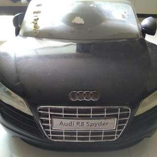 Pre-loved Audi Spyder R8 Car For Children