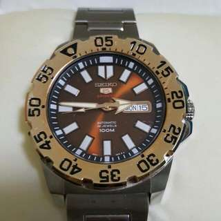 SEIKO 5 SPORTS AUTOMATIC MONSTER MODEL:SRP488K1 Mens Watch