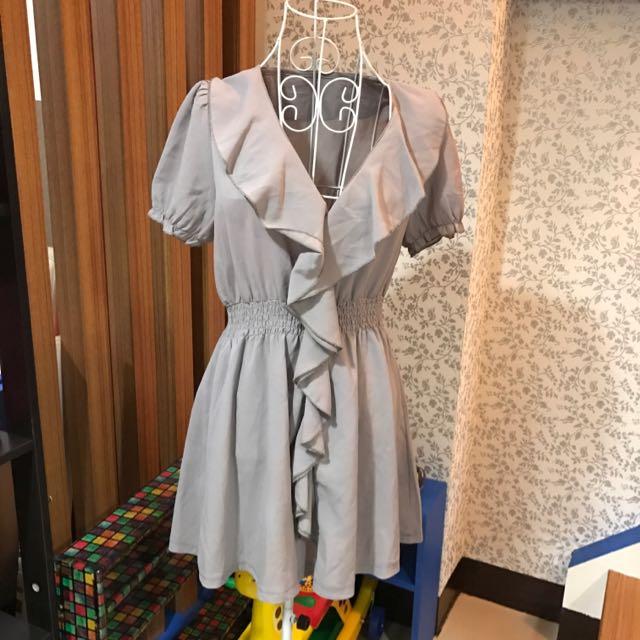 🎊灰色連身裙🎊