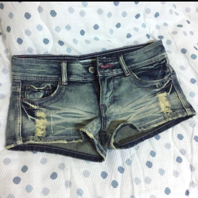 八成新 牛仔短褲