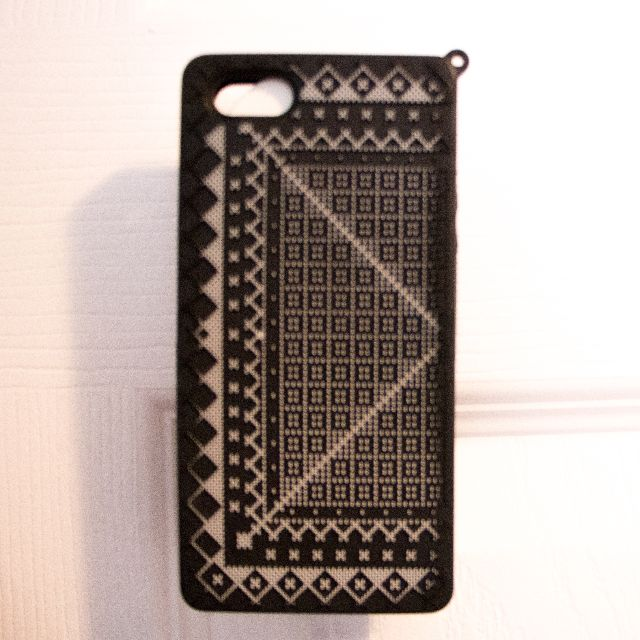 Aritzia Black and White Grid IPhone 5/5S Case