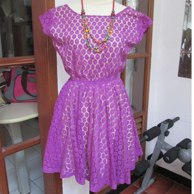 Backless dress size m