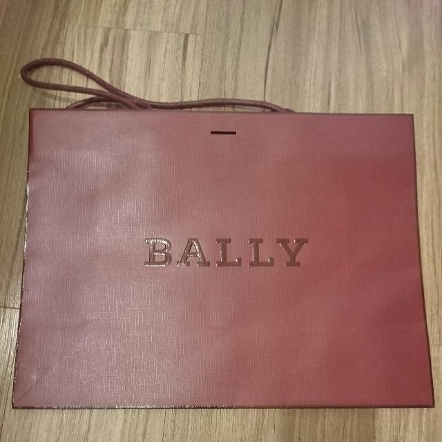 Bally 紙袋