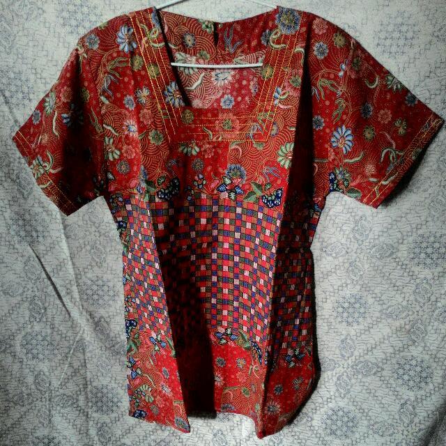 Blus Batik Merah