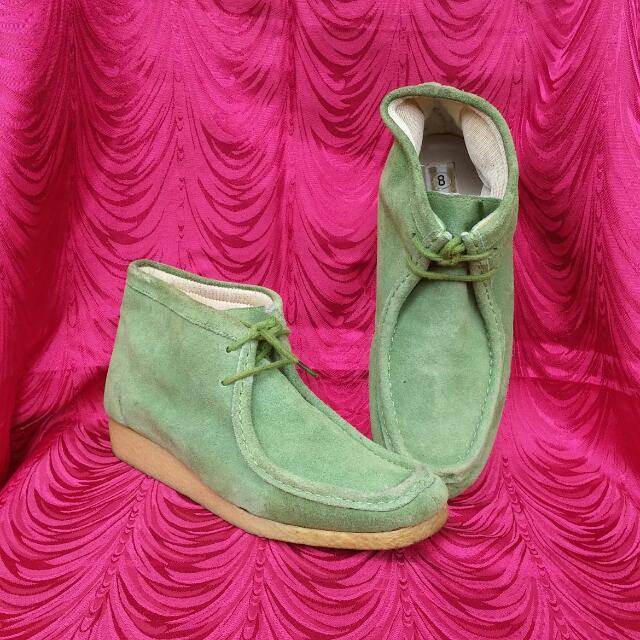 Boots / Heels
