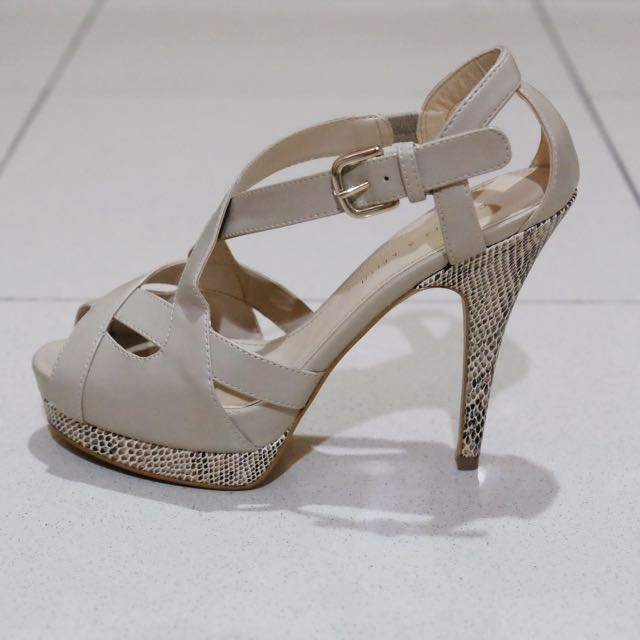 Charles   Keith Heels Open Toe a50335f253