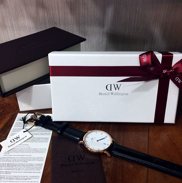 DW (Daniel Wellington)