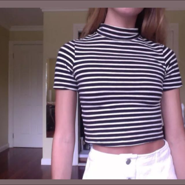 Glassons Striped Short Sleeve Turtleneck