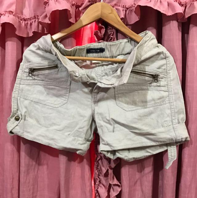 SALE:P120 Hang Ten Shorts (medium)