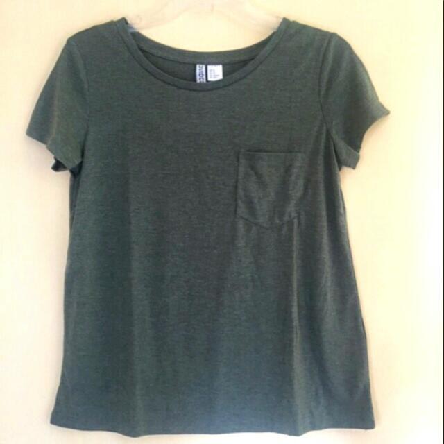 H&M basic T-shirt Green / H&M Kaos Hijau Lumut