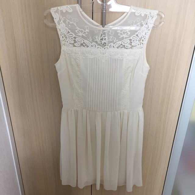 Lipsy London Off White Dress S / M