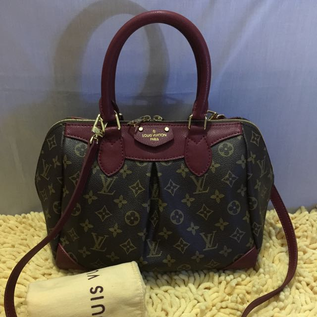 SALE❗️❗️❗️Louis Vuitton 2-way Bag
