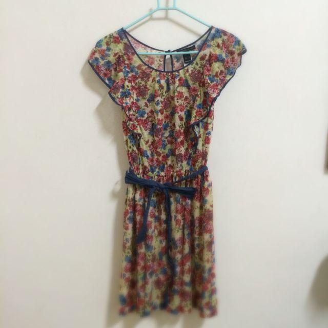 Mango 夏日花卉繽紛小洋裝