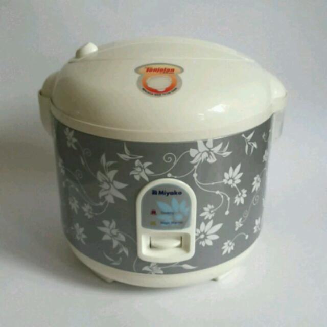 Miyako MCM-528 Rice Cooker - Penanak Nasi - 1.8 L - Abu-abu (BARU)